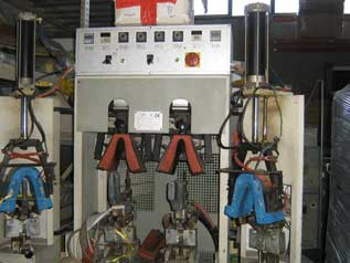 Back Part Molding Machine with 2 Hot and 2 Cold stations
